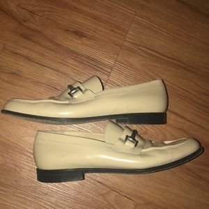 Gucci Patent Leather Tan Loafers